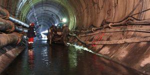 آببندی تونل سد